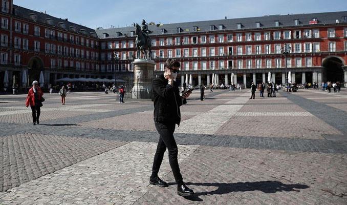 İspanya'da can kaybı 2 bini aştı