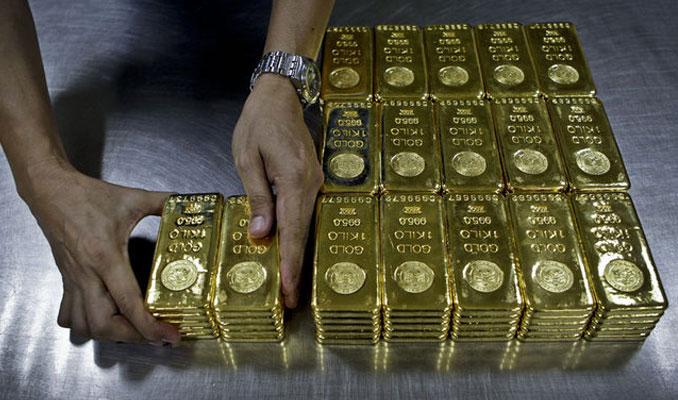 Altın piyasası sıkışma ile karşı karşıya