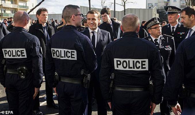Fransa'daki salgının kaynağı haberlerinde Macron detayı