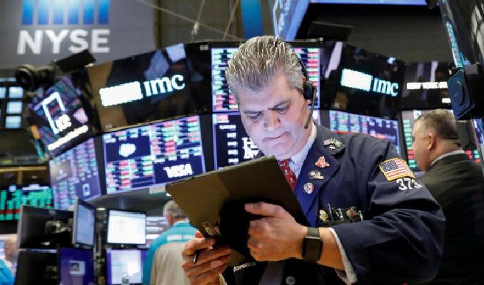 New York borsası korona endişeleriyle sert düştü