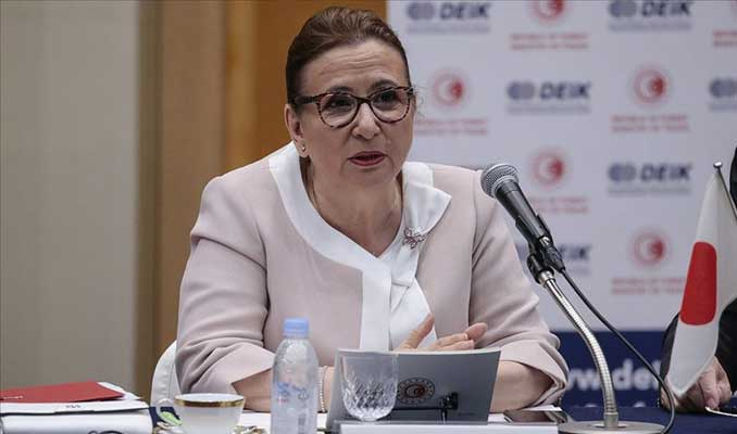 Ticaret Bakanı Pekcan'dan ihracat için yeni hedef