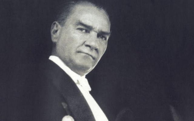 Alman dergisinde 'En büyük devrimci' Atatürk