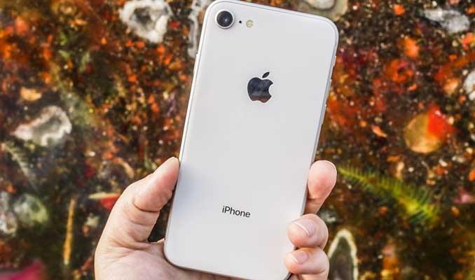 Apple, ABD Adalet Bakanı'nın Rusya iddialarına yanıt verdi
