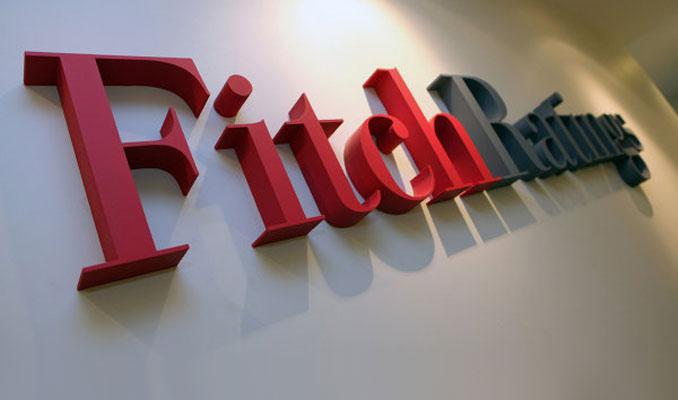 Fitch, 9 bankanın not görünümünü düşürdü