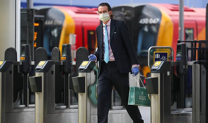 Bankacılar ikinci dalga korkusuyla ofislere dönemiyor