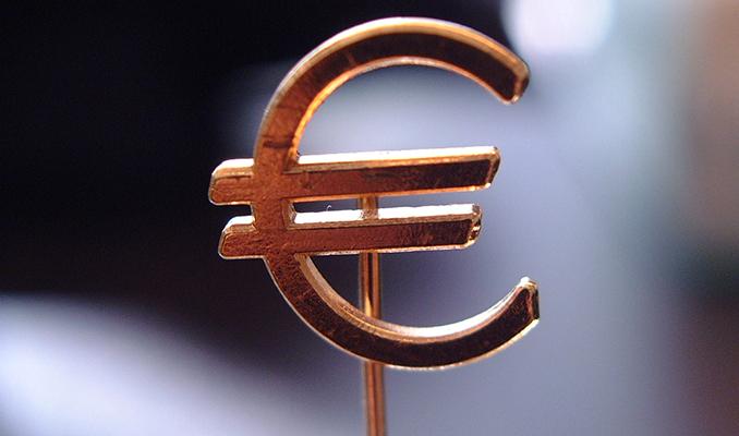 Euro Bölgesi PMI'lar rekor düşüş sonrası toparlandı