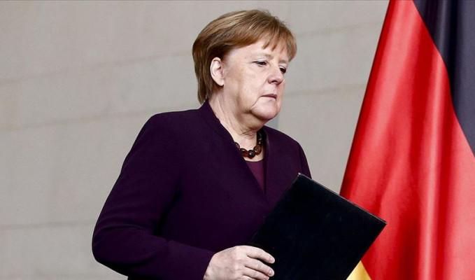 Merkel: Daha önce hiç görmediğimiz ekonomik zorluklar yaşıyoruz