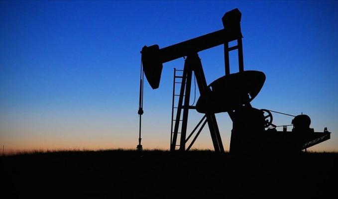 Brent petrolün varili 42,77 dolar