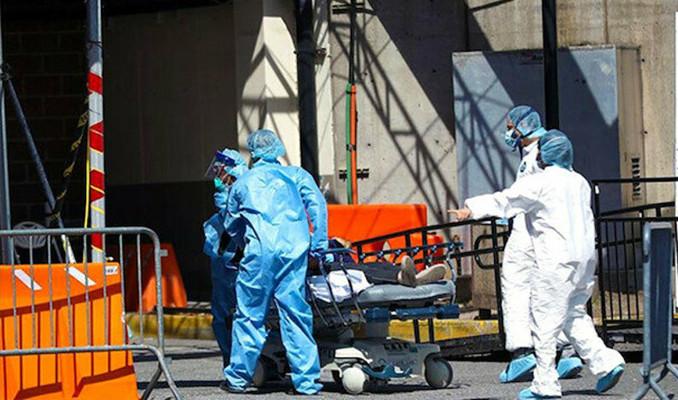 İngiltere'de virüse bağlı can kaybı sayısı 44 bini aştı