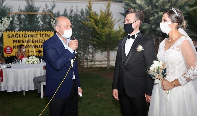 Bakan Soylu düğün salonu denetiminde