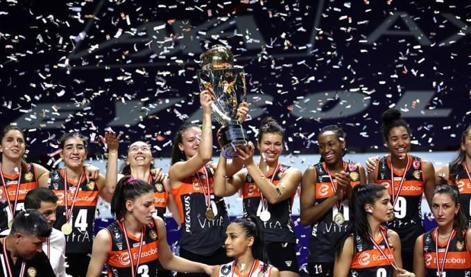 Kadınlar voleybolda Axa Sigorta Şampiyonlar Kupası Eczacıbaşı'nın