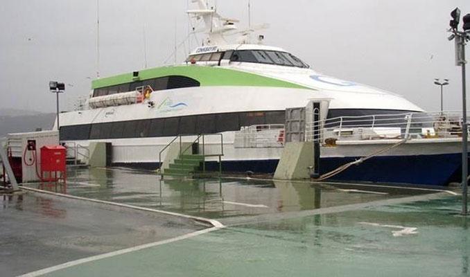 Deniz ulaşımı fırtınaya takıldı, seferler iptal!