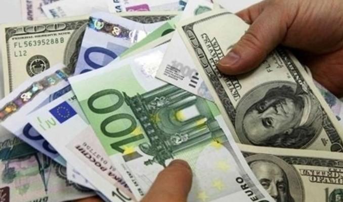 Dolar ve euro yıla düşüşle başladı