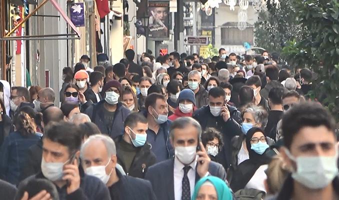 Bilim Kurulu Üyesi: İstanbul'da tam açılma için erken