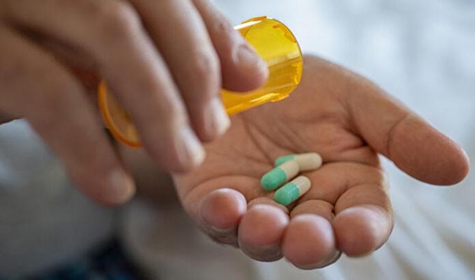 Kovid-19 tedavisinde antibiyotik kullanımı gereksiz mi?