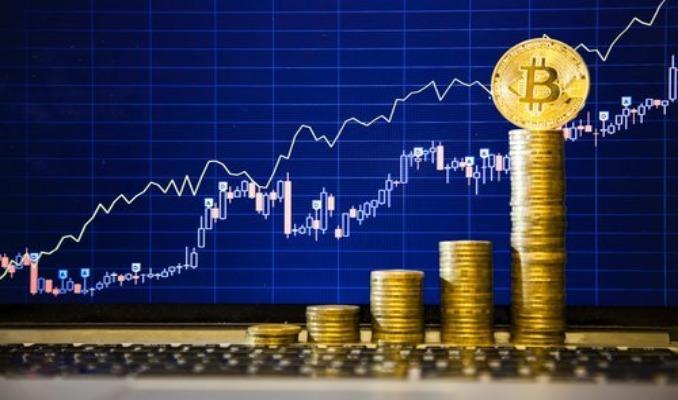 Bitcoin 50 bin doları test etti