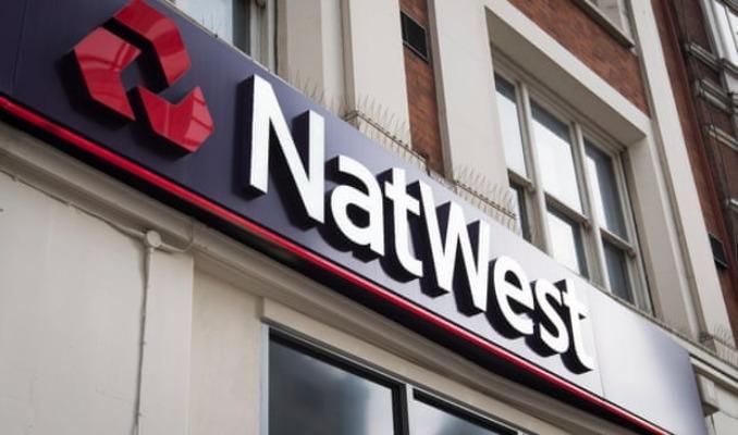 NatWest'ten 1,1 milyar sterlinlik hisse geri alımı