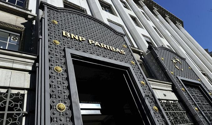 BNP Paribas 2 Fransız bankayı almaya hazırlanıyor