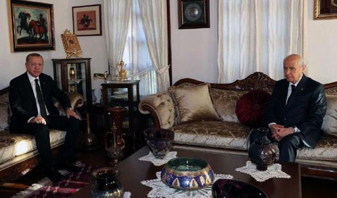 Erdoğan Bahçeli'yle evinde görüştü