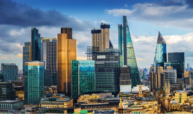 Brexit Londra finans merkezini beklenenden daha kötü vurdu
