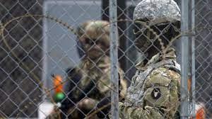 ABD, Meksika sınırına Ulusal Muhafız gönderiyor
