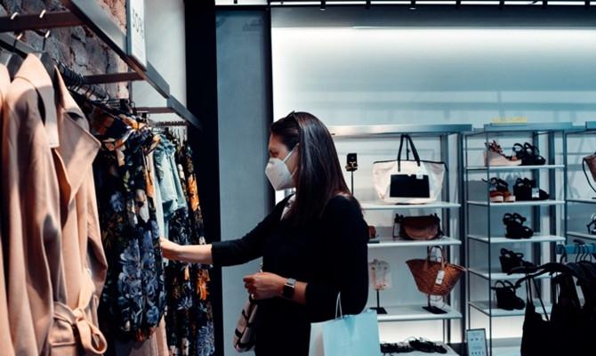 Moda devleri NFT sektörüne giriyor