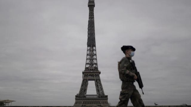 Fransa'da ikinci kez iç savaş uyarısı