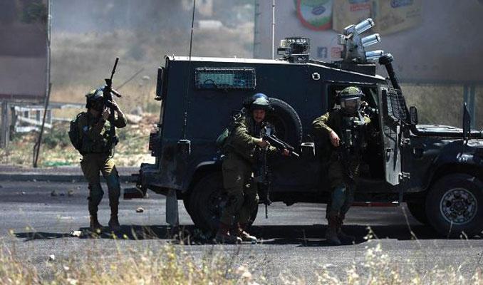 Sivil Yahudi işgalciler Filistinlilere ateş açtı