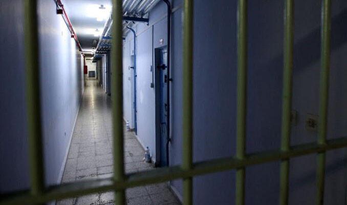 Tayland'daki hapishanelerde korona virüsün önüne geçilemiyor
