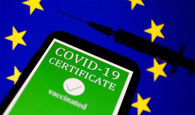 Avrupa aşı şartıyla sınırlarını açıyor!