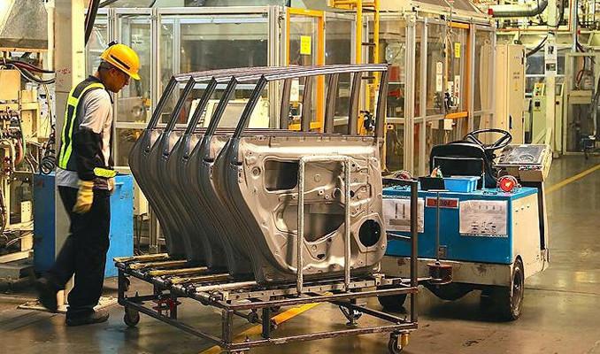 İngiltere'de imalat PMI rekora işaret ediyor