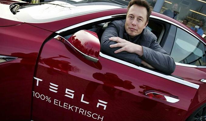 Musk'ın şirketleri arasındaki parasal ilişkiler belgelendi