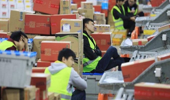 Çin'de kargo rekoru: 1 milyar 740 milyon gönderi