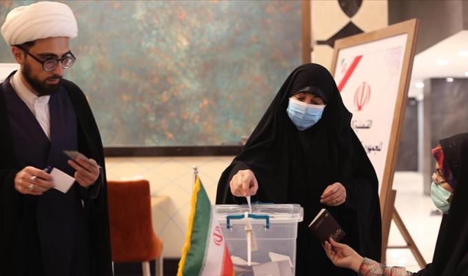 İran'da oy verme işlemi tamamlandı