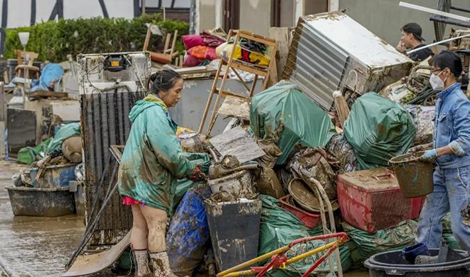 Almanya'da sel felaketinin bilançosu ağırlaşıyor