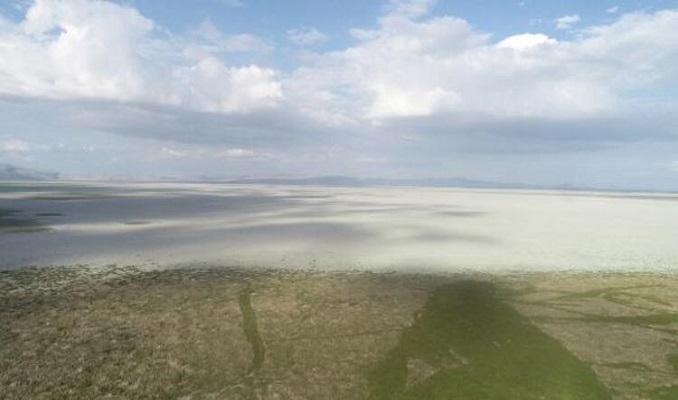 Türkiye'nin en büyük beşinci gölü gölete döndü