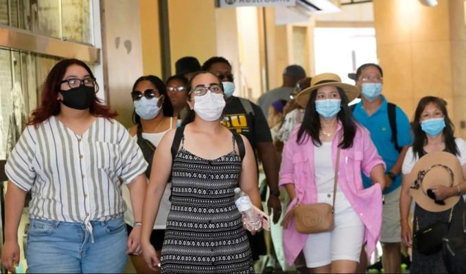 ABD'de 3 ay sonra maske geri adımı
