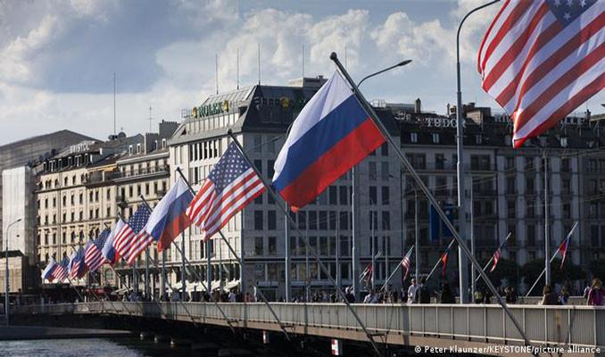 Rusya ve ABD, Cenevre'de masaya oturdu
