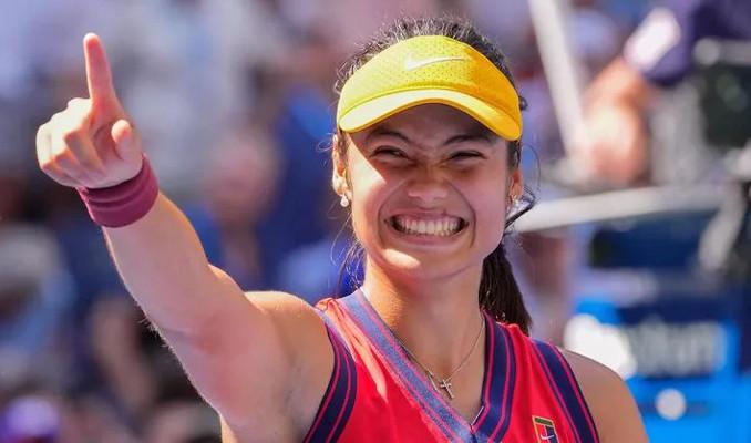 ABD Açık'ta şampiyon Emma Raducanu oldu