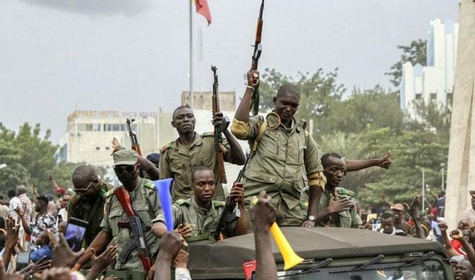Reuters: Mali'de cunta yönetimi Wagner ile anlaştı