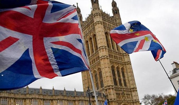 Londra finanstaki liderliğini korumak istiyor