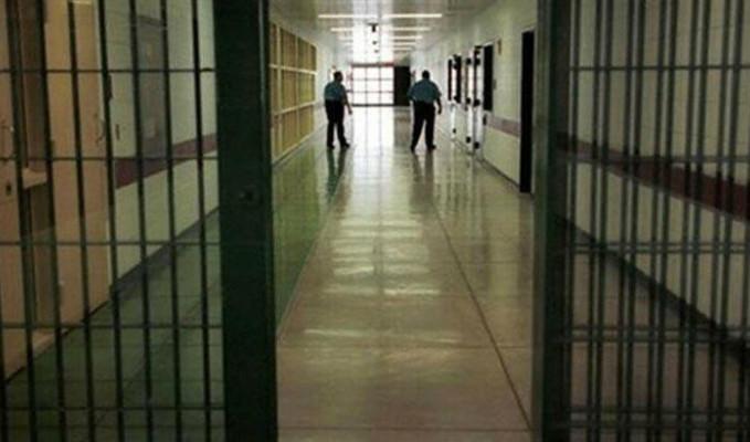 O ülkede salgınında işsiz kalan mahkumlar teslim oldu