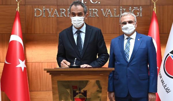 Diyarbakır'da 21 sınıfta vaka veya temaslı nedeniyle eğitime ara verildi