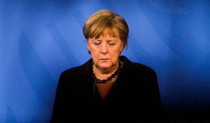 Merkel'in partisi Hristiyan Demokrat Birliği çöküyor mu?