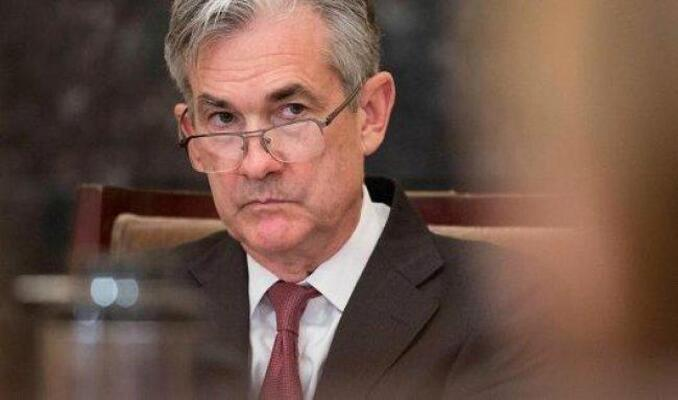 Powell'ın tehlikeli oyunu