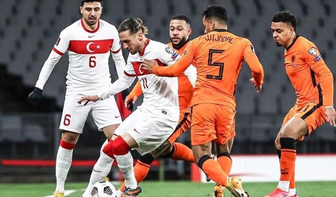 Hollanda medyası böyle gördü: 'Portakallar' Türkiye'den intikamını aldı