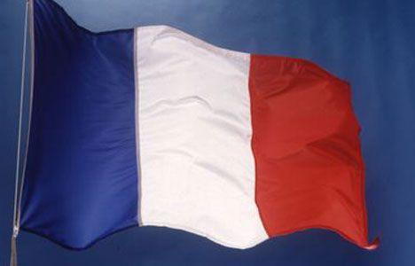 Fransa'da bakan istifa etti