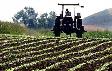 Afet mağduru çiftçinin borcu yapılandırılacak
