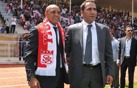 Sivasspor'da Roberto Carlos şoku!