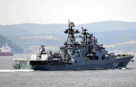 Rus savaş gemisi Ege'de